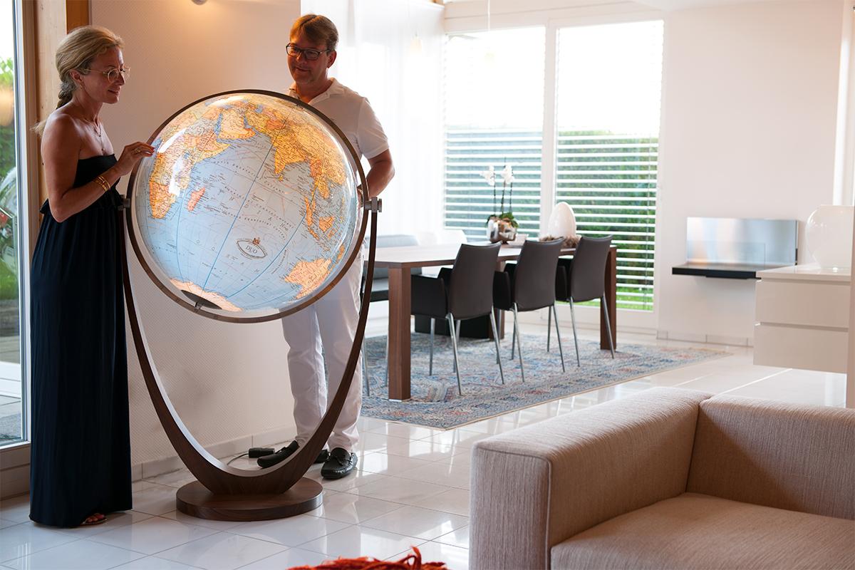 globe lumineux moderne